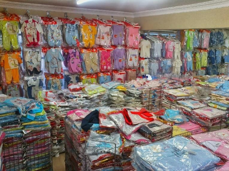 تجار جملة ملابس في تركيا