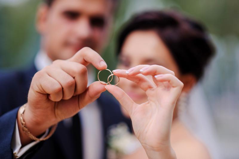 زواج سعوديات من مقيمين