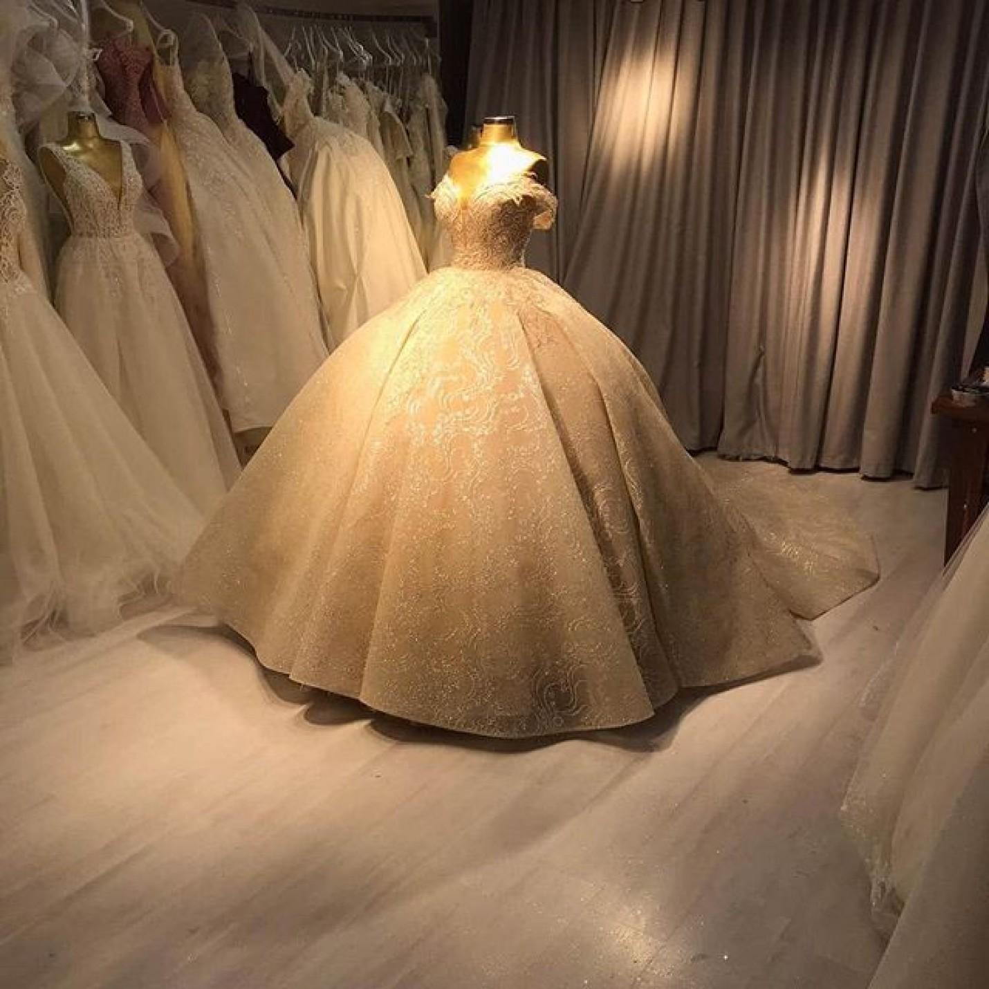 فساتين زفاف تركية انستقرام