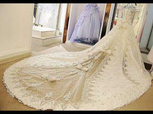 مصانع فساتين الزفاف في تركيا