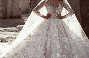 بيع فساتين زفاف بالجملة
