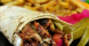 افتتاح مطعم شاورما في تركي